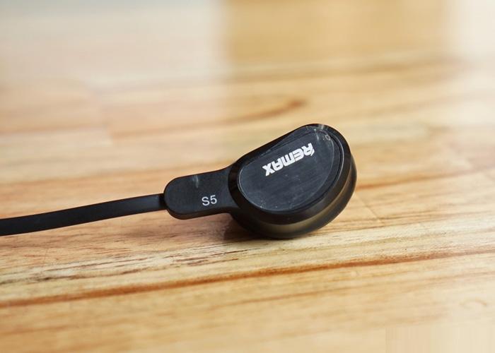3 Công nghệ tân tiến tích hợp trong tai nghe bluetooth Remax RM-S5