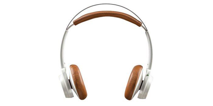 Thiết kế chụp tai cao cấp của tai nghe bluetooth BackBeat SENSE