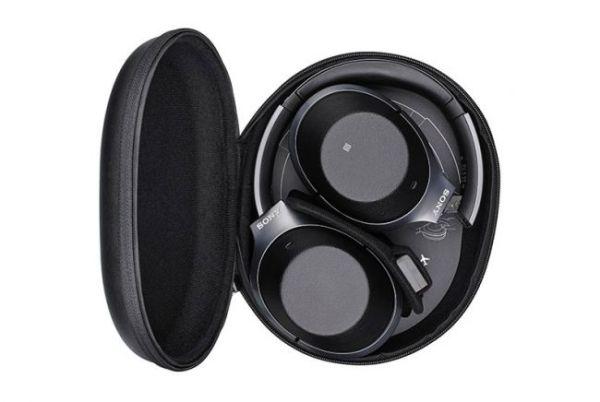 Để giúp tiết kiệm pin trong điều kiện nghe bình thường. Sony tự động tắt nguồn sau năm phút không hoạt động.
