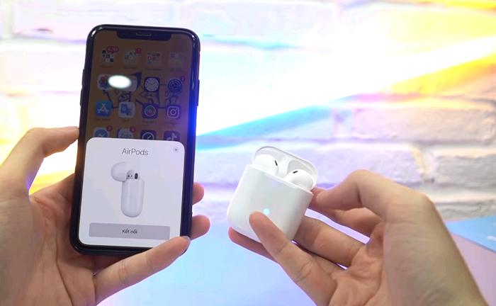 tai nghe được tích hợp chíp W1 nên tự động kết nối với hệ điều hành IOS, nó cũng kết nối cho mọi hệ điều hành khác